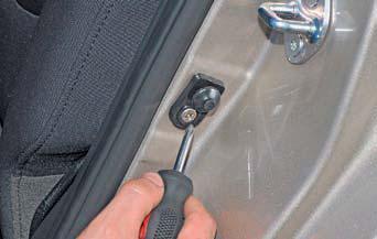 Снятие выключателей и регуляторов Hyundai Solaris