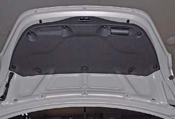 Снятие обивки крышки багажника Hyundai Solaris