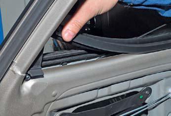 Снятие стекла задней двери Hyundai Solaris