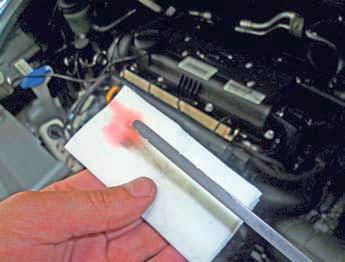 Проверка уровня жидкости в автоматической коробке передач Хендай Солярис